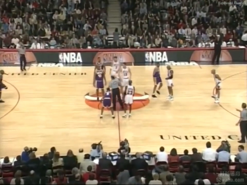 1997.12.17 NBA Chicago Bulls VS LA Lakers FULL GAME.mp4_20190102_070126.647.jpg