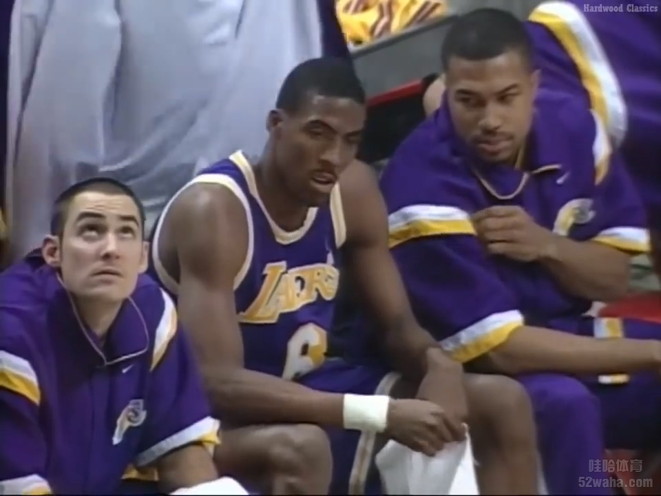 1997.12.17 NBA Chicago Bulls VS LA Lakers FULL GAME.mp4_20190102_070301.760.jpg